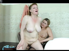 Viola&Megan pussylicking aged on video