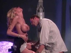 Oral job act with blazing hot Briana Banks