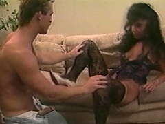 She craves for the cock of a willing dude who would fill her mouth...